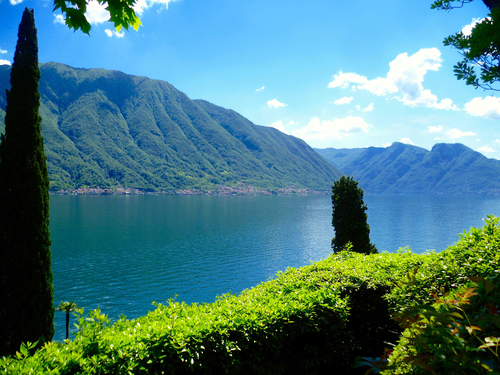 Experience the beauty of Lake Como